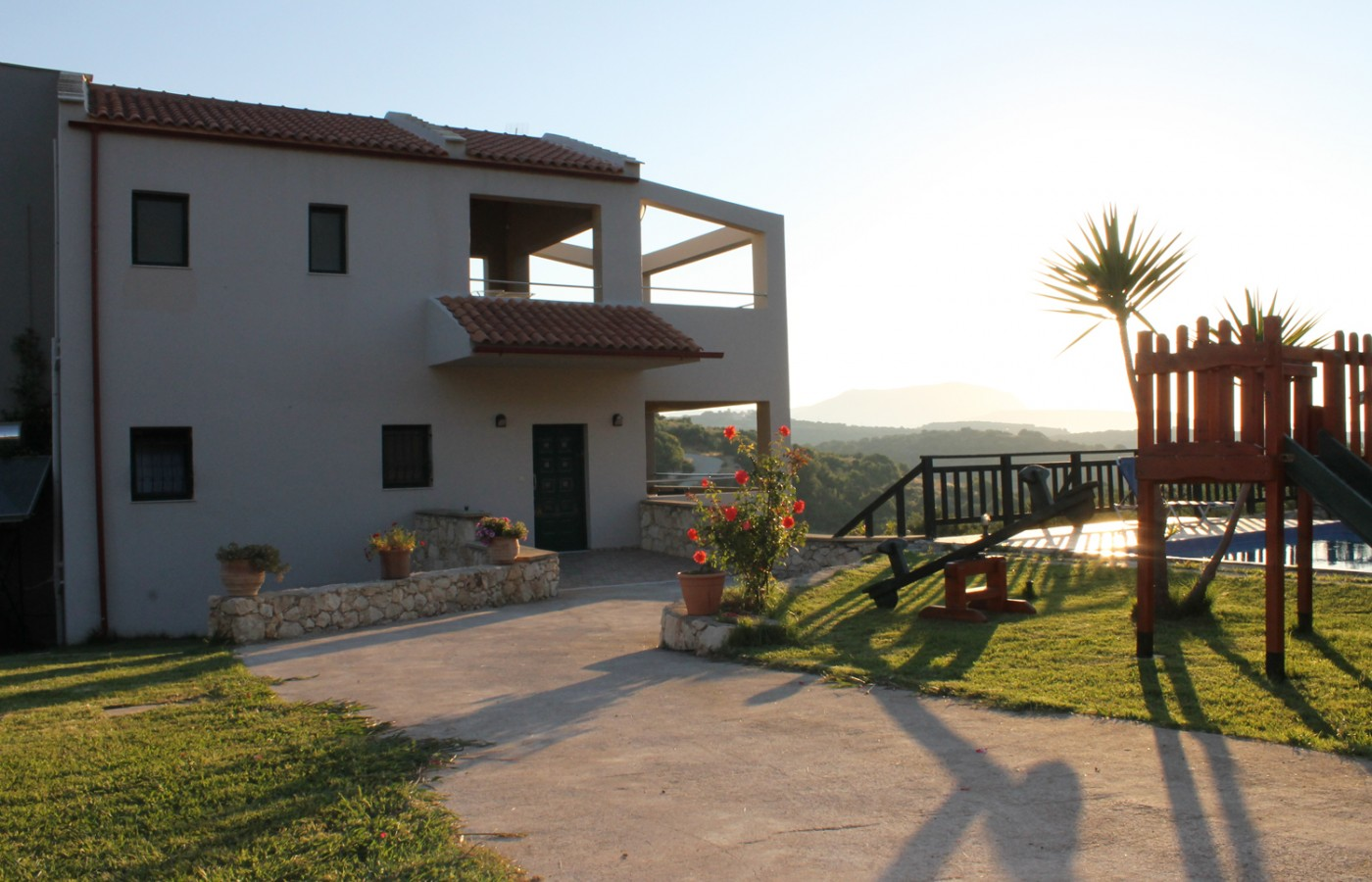 Villas-almyrida - Family villas with panoramic view of Almyrida village and almirida beach